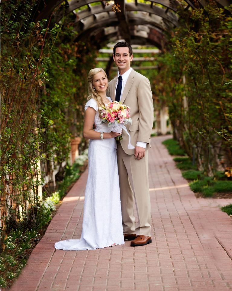 Utah Bridal Pictures Thanksgiving Point Rose Garden
