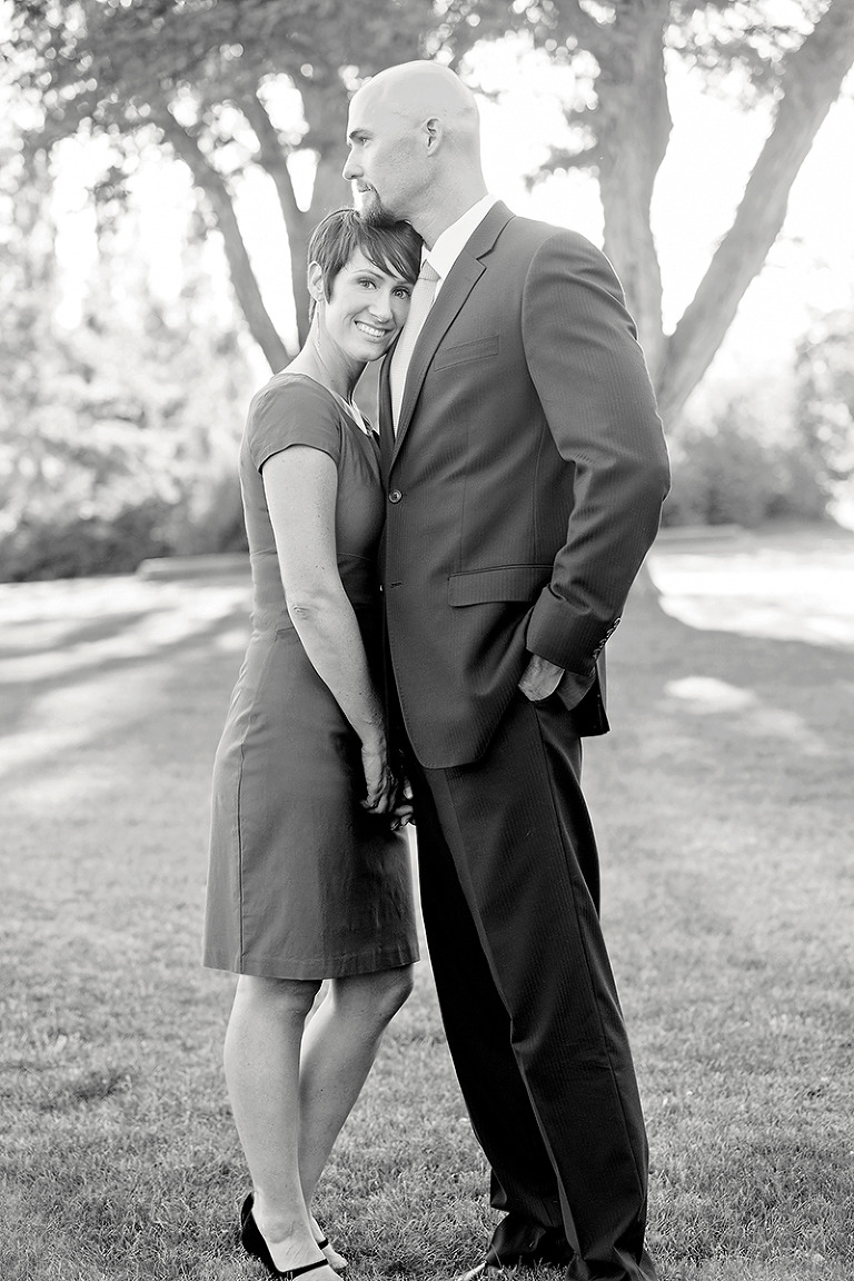Utah Engagement Pictures B&W black white hug