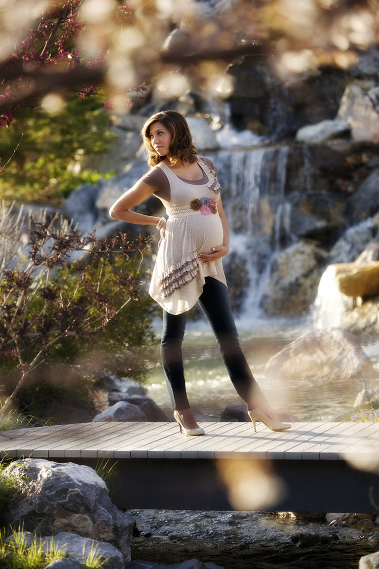 Maternity Pictures Millennial Falls waterfall