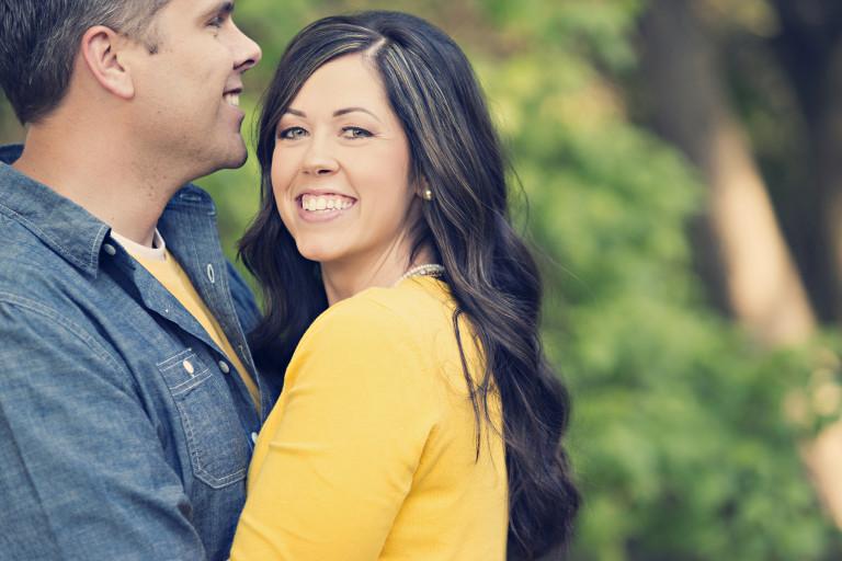 Utah Family Photos happy couple bokeh