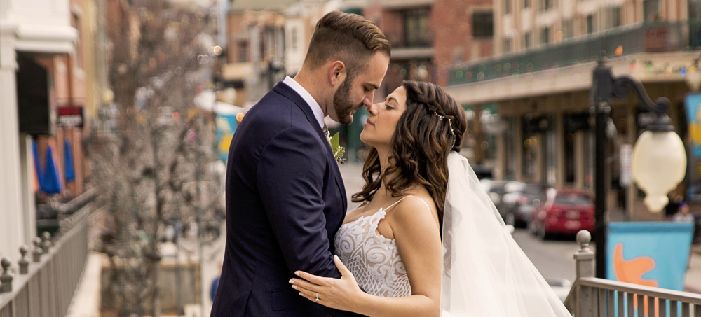 Bride and Groom Photo Shoot on Park CIty Main Street