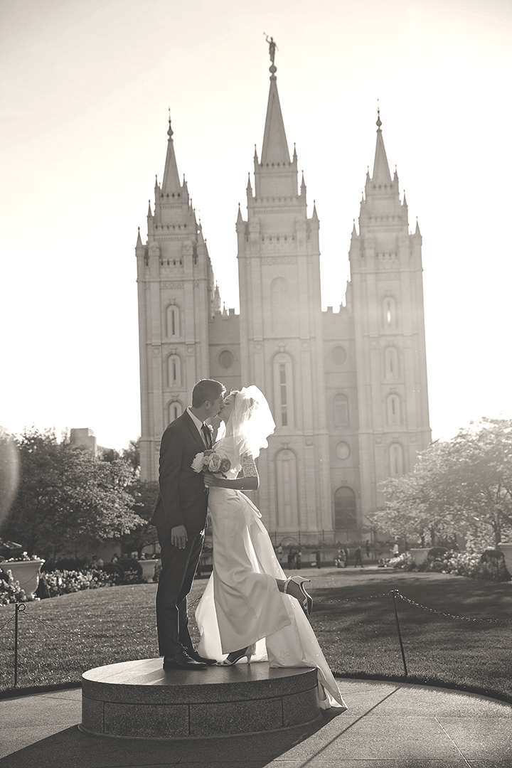 SLC Temple Pedestal Kiss B&W
