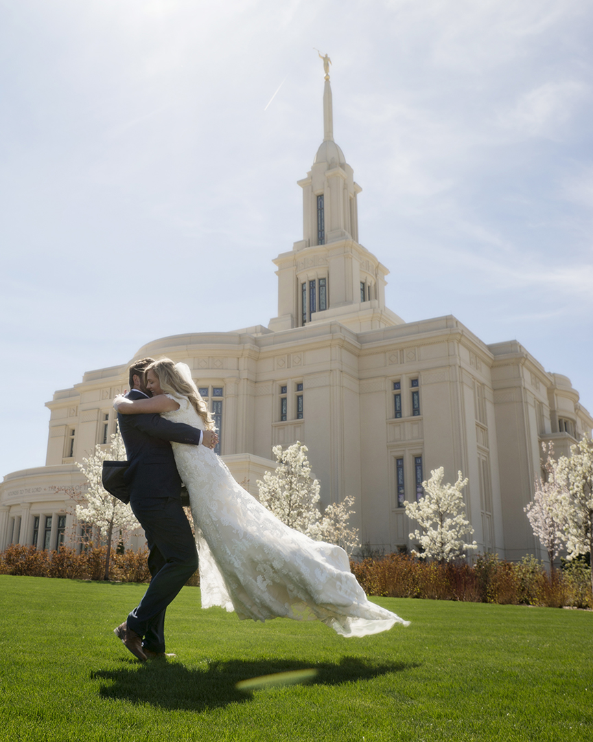 Draper Temple Bride and Groom Spinning