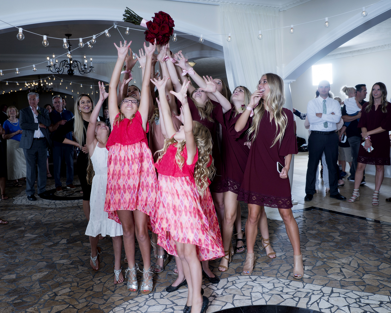 Wedding Bouquet of Roses Toss