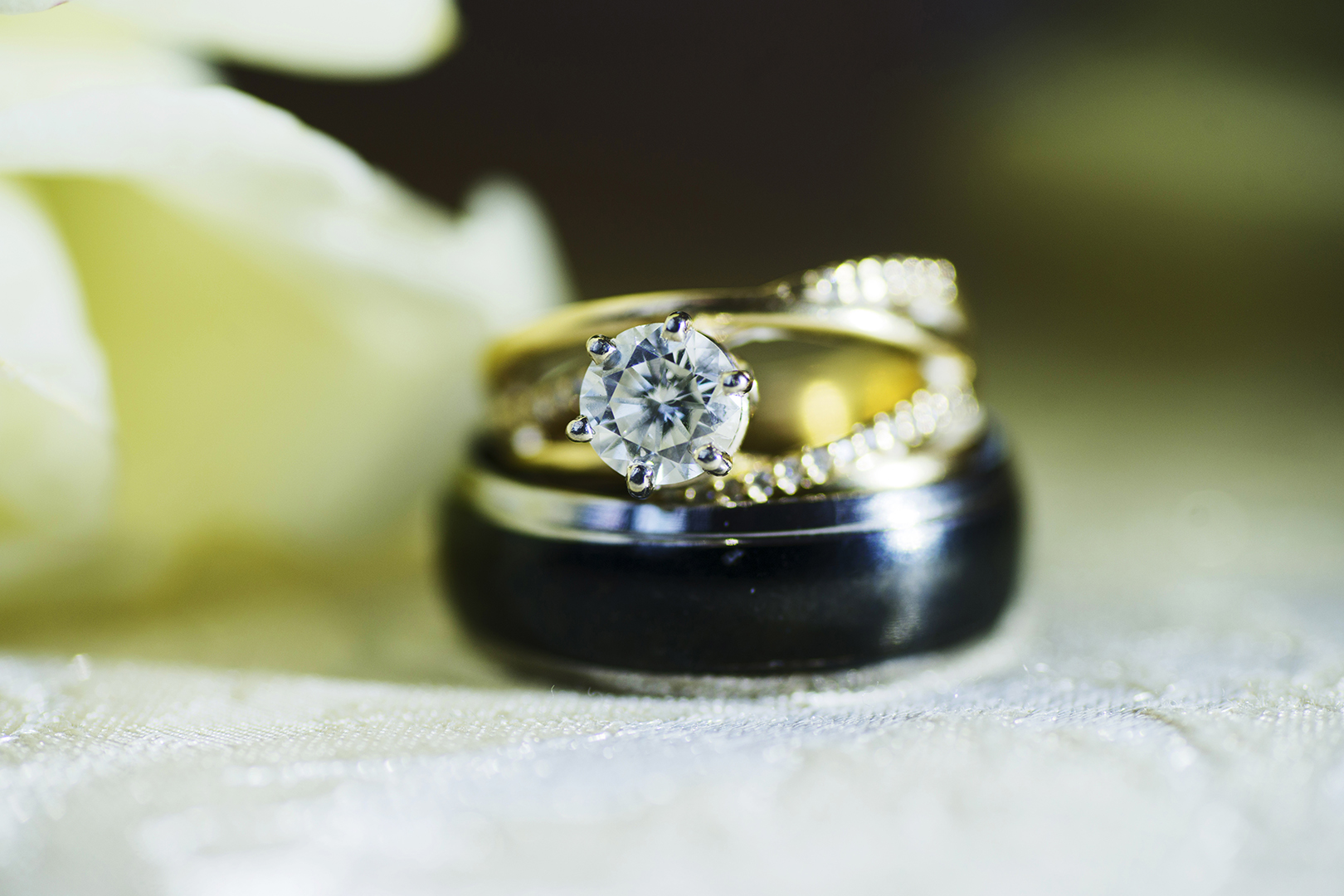 Wedding Rings Bokeh